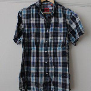 IZOD men's M Blue Plaid Short Sleeve Shirt